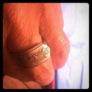 Silverware ring